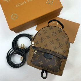 Рюкзак LOUIS VUITTON LV7